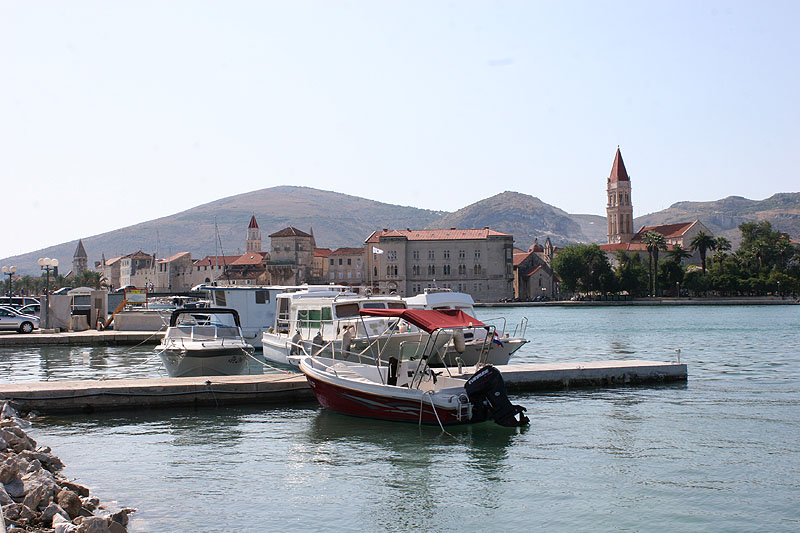 Hafen PSU Banj in Trogir