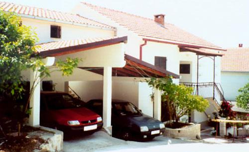Ferienhaus Mira in Slatine - Urlaub in Kroatien mit Porta